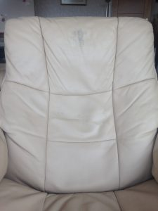Head Grease On Pigmented Leather
