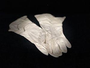Ladies Gloves 1920