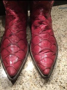 Pangolin Boots
